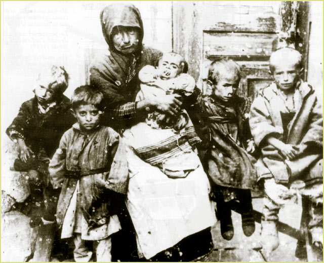 A mother with her starved children in Bitola during the First World War (1916)
